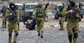 298 6 - قوات الاحتلال الإسرائيلي تغلق مدخل بلدة بالخليل ويحتجز شابا قرب الحرم الإبراهيمي