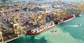 858 4 - مرور 21 مليون طن بضائع بموانئ السعودية خلال مارس